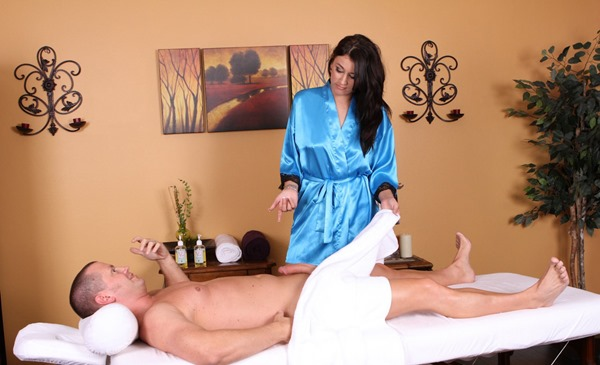 boston massage happy ending Toowoomba
